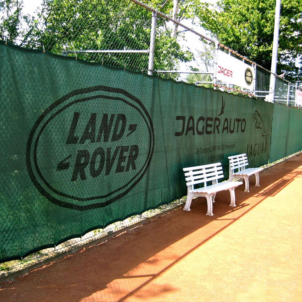 Tennisdoek-Beverwijk-Bedrukte-tennisdoeken-bestellen-voor-tennisverenigingen-Achtergrond-Tennisbaan-Online